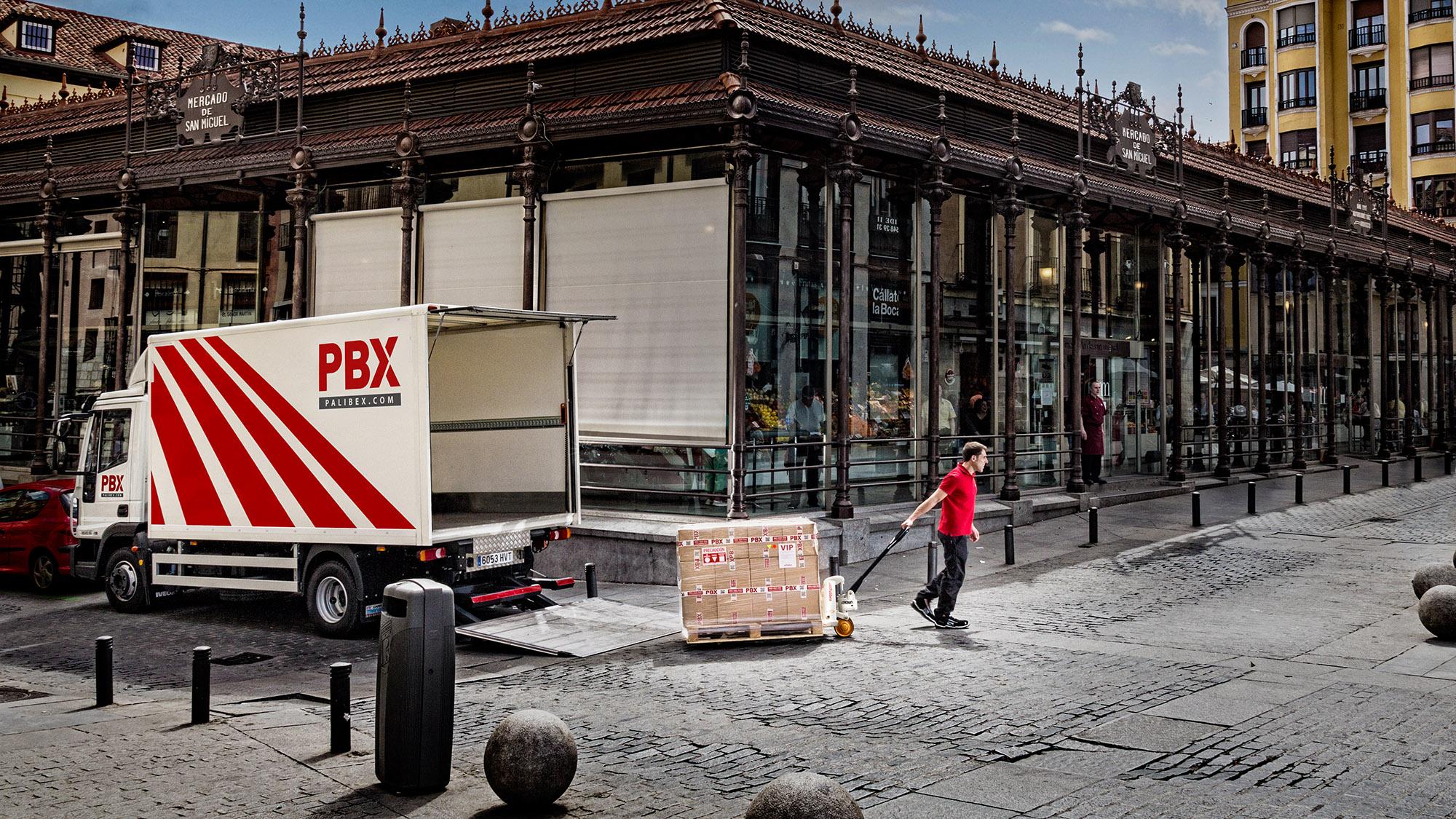 Palibex -PBX -Transporte urgente mercancia paletizada - Beusual -ROTULACION FLOTA